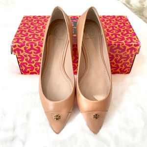 Tory Burch Nude Fairford Flats